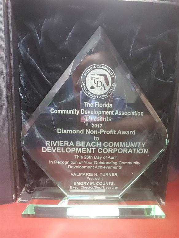 FCDA-diamond-award
